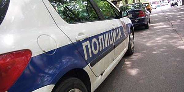 policija-automobil