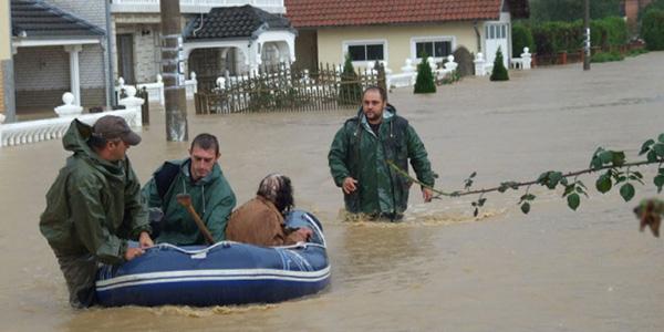 Evakuacija u selu Grabovica Foto: S.M. Jovanović