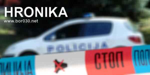 hronika-policijski-auto-bor030