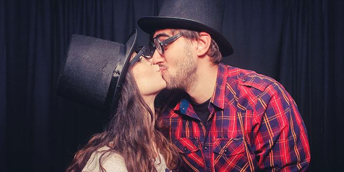 poljubac-ljubljenje