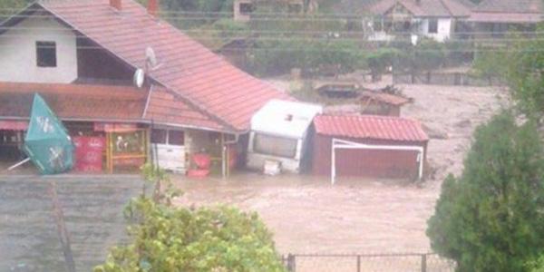 Foto: Facebook - Nikola Krstić Selo Boljetin pod vodom