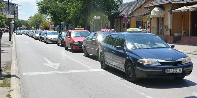 protesna-voznja-taksista