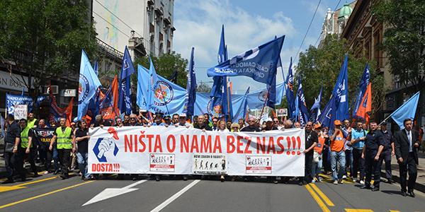 protest-radnika-protiv-zakona-o-radu-2