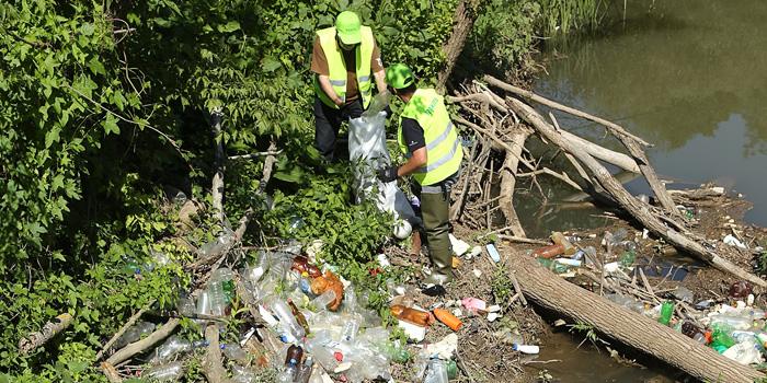 Kruševački volonteri ponovo u akciji, očistili Modričku reku, meštani se nisu pojavili da pomognu i očiste svoju životnu sredinu!